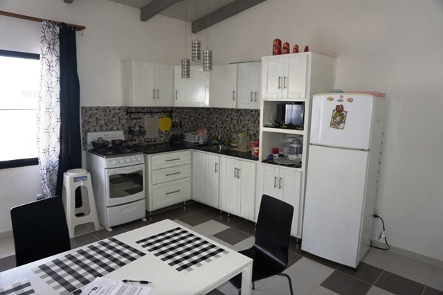 2a_main_kitchen
